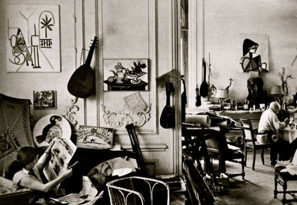om pom picasso Picasso-In-His-Studio-Villa-La-Californie-7