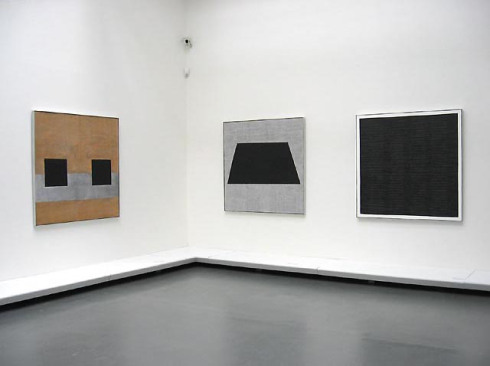 om pom agnes-martin-3-paintings--homage-to-life-the-seavenice