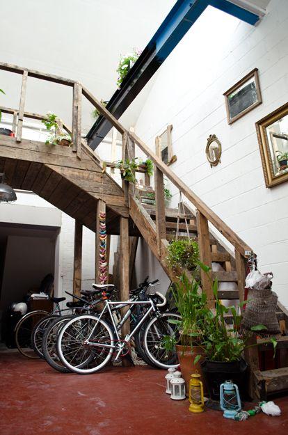om pom masai house 10