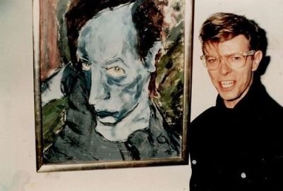 om pom david bowie David Bowie with his painting titled Head of J. O.1976