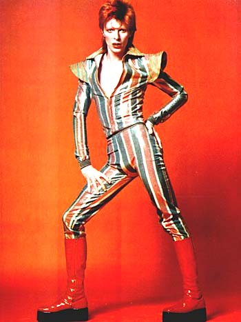 om pom david bowie fashion 1