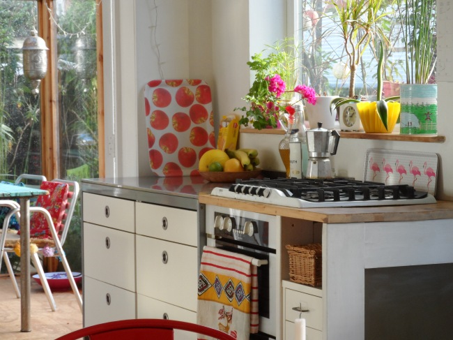 juskus-house-kitchen-1