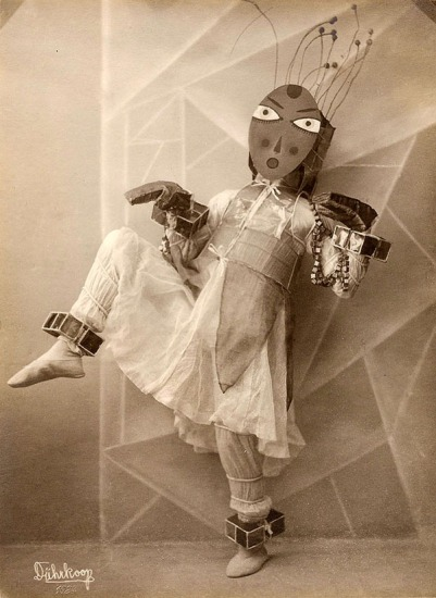 om-pom-lavinia-schulz-photo-minya-diez-duhrkoop-1924-1
