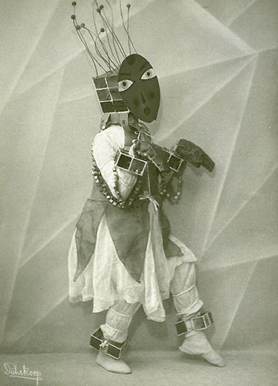 om-pom-lavinia-schulz-photo-minya-diez-duhrkoop-1924-4
