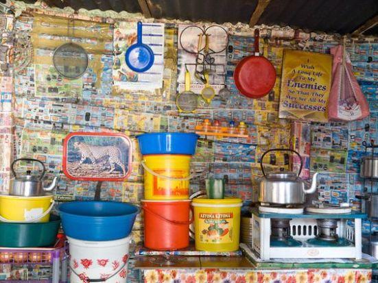 om-pom-african-shack-peter-bialobrzeski